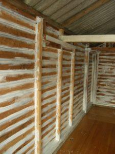 De binnenkant van de oude garage Chambre d'Amis in de Ooijpolder